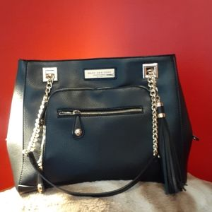 Andrew Mark New York purse in black